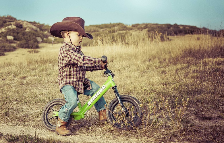 HOW TO MEASURE YOUR TODDLER FOR A BIKE OR TRIKE?